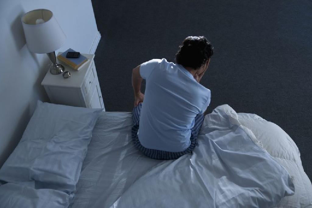 夜尿症 原因