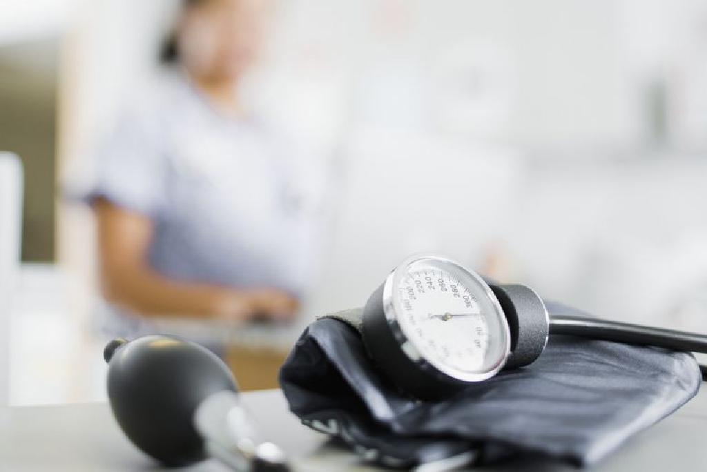 hipertenzija yra susijusi su adrenalinu