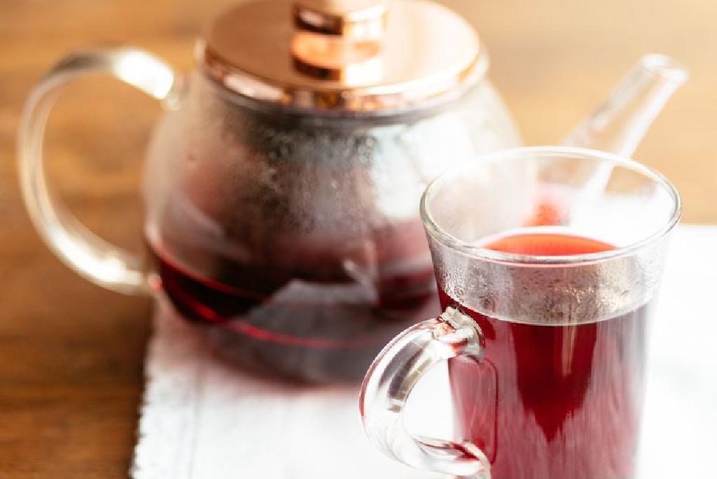 Kaip žaliosios arbatos poveikis daro spaudimą: padidėja, sumažėja, normalizuojamas?